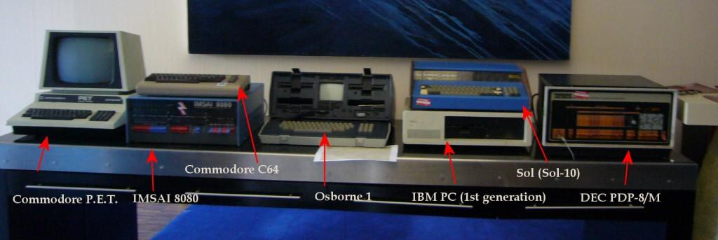Antique_computers_Bar_CampIII